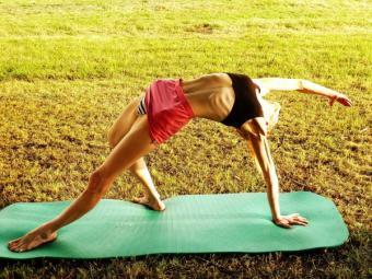 10 alimente esentiale pentru cei care practica yoga