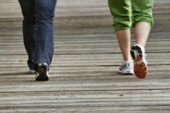 5 motive pentru care mersul pe jos te face sanatos