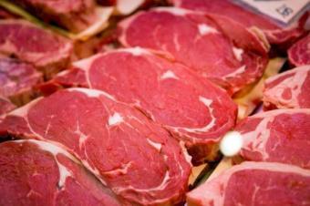 Carnea rosie, sanatoasa sau cancerigena?