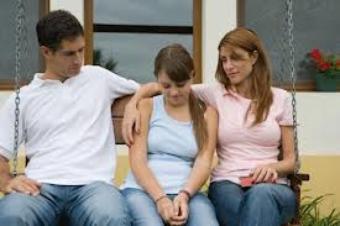 Cum sunt afectati copiii de divortul parintilor