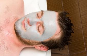 Detoxifierea cu masti faciale... pentru barbati