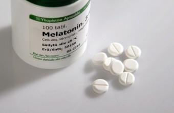 Melatonina, hormonul somnului. Cum te ajuta suplimentele de melatonina