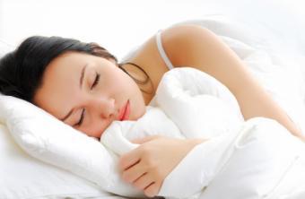 Vrei sa dormi bine? Ce sa NU  faci inainte de culcare