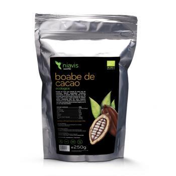 Boabe de cacao intregi ecologice (bio) 250 gr NIAVIS